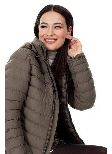 Lela Lela Ekstra Dar Kesim Kadın Mont 5568080 Haki